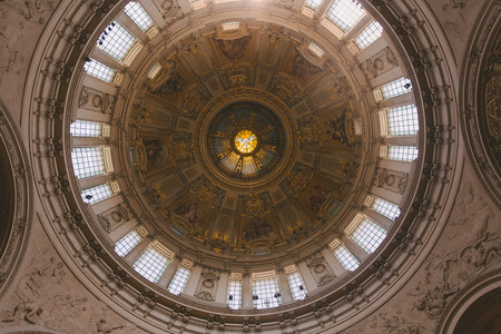 BERLIN, GERMANY - JUNE 20, 2017: bottom view of beautiful ancient Berliner Dom ceiling in Berlin, Germany Stock fotó - 106896112