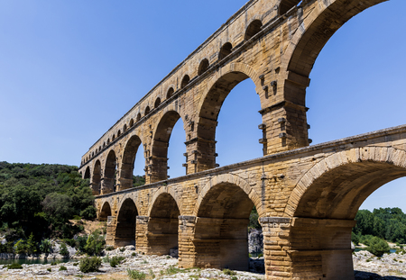 Pont du Gard (bridge across Gard) ancient Roman aqueduct across Gardon River in  Provence, France Stockfoto