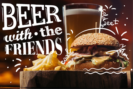 tasty burger with turkey, french fries and glass of beer with beer with the friends inspiration Imagens