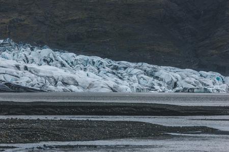 glacier Skaftafellsjkull and snowy coastline during daytime in Iceland Stok Fotoğraf