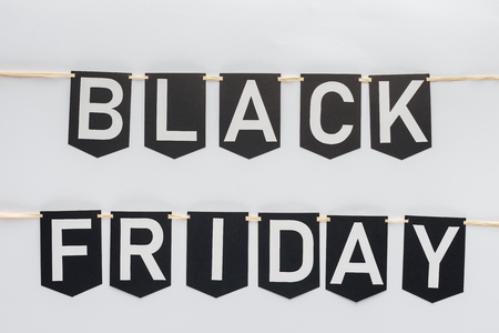 black friday lettering on flag garlands in lines isolated on white Banque d'images - 110714203