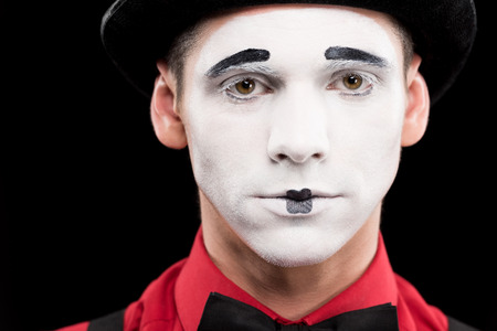 portrait of mime with makeup isolated on black Banque d'images - 111217315