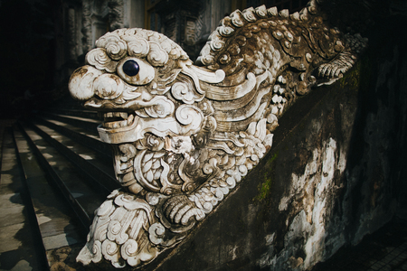 close-up view of ancient decorative oriental sculpture in Hue, Vietnam 스톡 콘텐츠