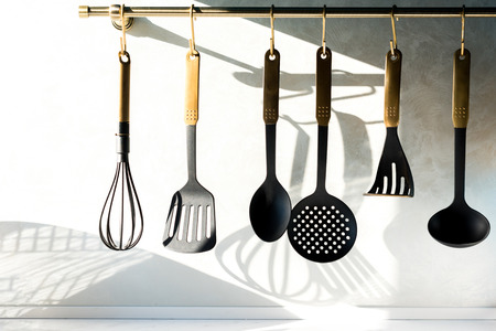 close-up view of various utensils hanging in kitchen Banque d'images - 114249206