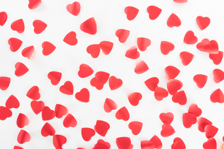 view from above of red heart symbols isolated on white, st valentine day concept 免版税图像 - 116387329