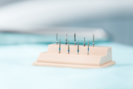 selective focus of medical implants in dental clinic
