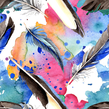 Watercolor blue and black bird feather from wing. Aquarelle feather for background, texture, wrapper pattern. Watercolour drawing fashion seamless background pattern. Fabric wallpaper print texture. Фото со стока