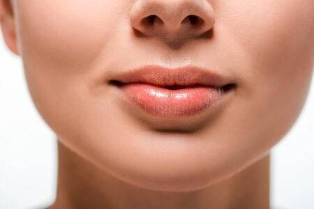 Ausgeschnittene Ansicht einer Frau mit Lipgloss auf den Lippen Standard-Bild
