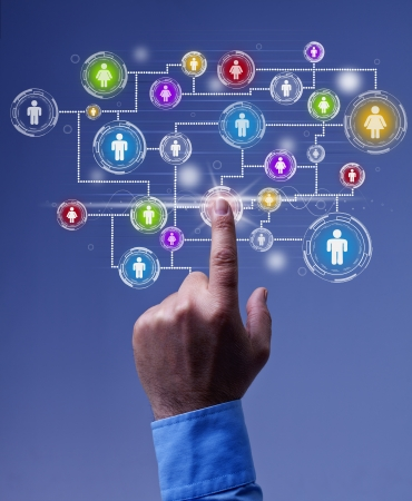networking people: Business network - using social media for marketing message distribution