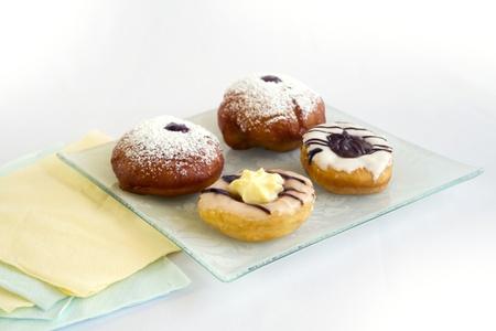 jewish cuisine: Doughnuts and Sufganiyot