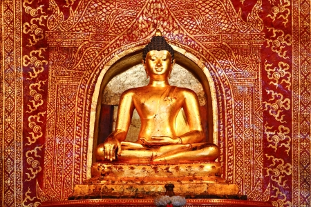 chiangmai: Buddha in wat phrasingh chiangmai thailand Stock Photo