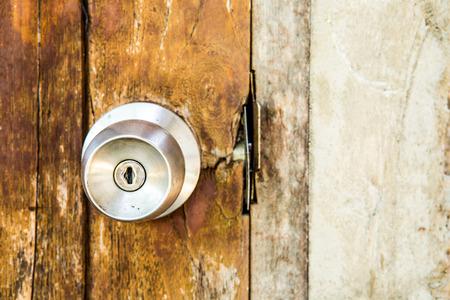 door knob: wooden door  with knob