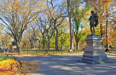 Statue of William Shakespeare on the mall in Central Park in Autumn, New York City