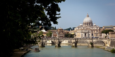 Panoramic view of St. Peter's Basilica and the Vatican City (with the river Tiber winding around it) - Rome, Italy Stock Photo - 9902157