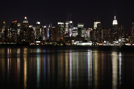 midtown manhattan: Midtown (West Side) Manhattan at night (panoramic photo)