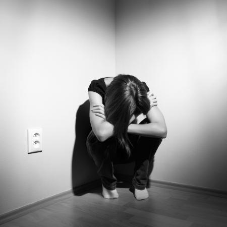 violencia intrafamiliar: Joven deprimida