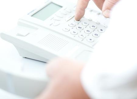 Einen Anruf tätigen Standard-Bild - 9813617