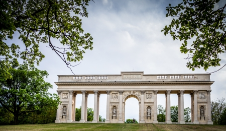 morava: Colonnade Reistna, a neoclassical landmark and a viewpoint above the city of Valtice (South Moravia, Czech Republic)