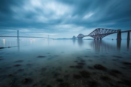 Forth Brücken in Edinburgh, Schottland Lizenzfreie Bilder