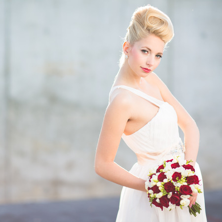 tierra: Gorgeous bride on her wedding day  color toned image; shallow DOF  Stock Photo