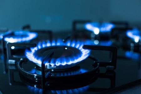 Vlammen van gaskachel (ondiepe DOF)