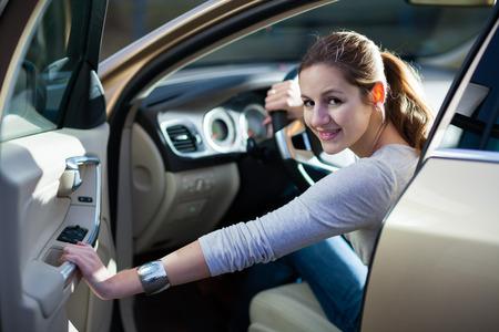 woman driving a car photo