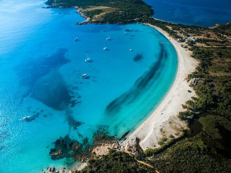 Luchtfoto van de Splendid Rondinara Strand, Corsica, Frankrijk Stockfoto