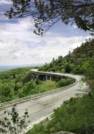 national scenic trail: The Linn Cove Viaduct. Part of the Blue Ridge Parkway near Grandfather Mountain, North Carolina. Stock Photo
