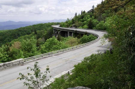 viaduct: The Linn Cove Viaduct. Part of the Blue Ridge Parkway near Grandfather Mountain, North Carolina. Stock Photo