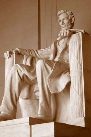 abraham lincoln: Statue of Abraham Lincoln, at lincoln memorial in Washington D.C.