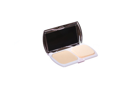 powder puff: Open face powder with powder puff isolate on white background