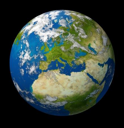 유럽과 푸른 바다와 검은 배경에 구름에 둘러싸인 프랑스 독일 이탈리아와 영국을 포함한 유럽 연합 국가를 갖춘 지구입니다. 스톡 콘텐츠