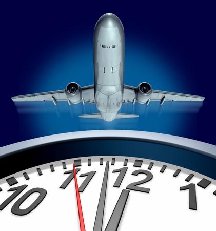 Het vangen van een vlucht op tijd vertegenwoordigd door een opstijgend vliegtuig en een klok niet veel tijd meer voor vertrek met de stress van het reizen. Stockfoto