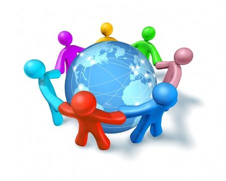 zeměkoule: Připojení k Internetu a sítě po celém světě představované globální mezinárodní koule, spočívající na podlaze zobrazující komunikaci mezi městy a kontinentech po celém světě, s lidmi, kteří se drží za ruce.