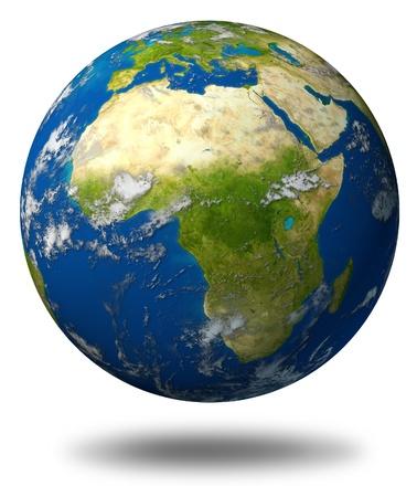 continente africano: El planeta Tierra con el modelo de África y Oriente Medio rodeado por el océano azul y las nubes aisladas en blanco.