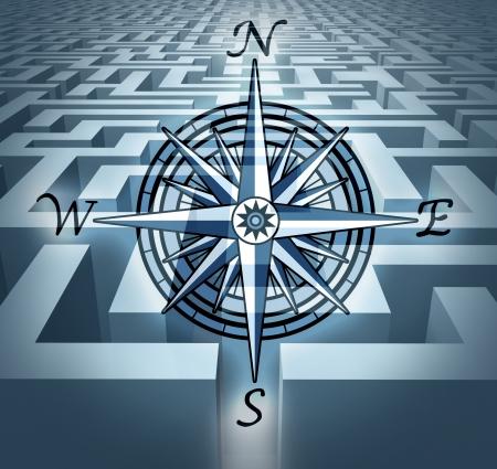 Navigeren door uitdagingen vertegenwoordigd door een labyrint doolhof in 3D met een windroos symbool met het concept van de zakelijke problemen op te lossen en de oplossing gerichte strategie en planning.