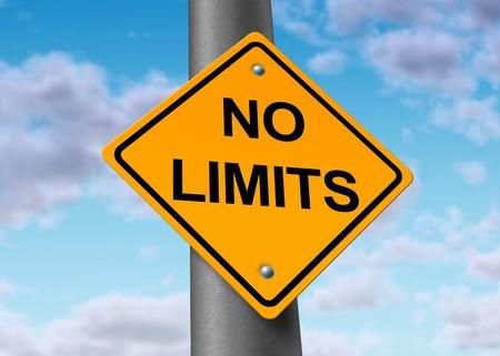 usunięta: nie ogranicza niekończące nieograniczone potencjalne pozytywne wierzą niebo ograniczone przeszkody usunąć znak drogowy Zdjęcie Seryjne