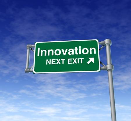 risks ahead: invenci�n de innovaci�n inventiva creativa calle autopista se�al de tr�fico de se�alizaci�n de alta del cielo v�a verde