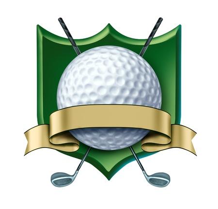 pelota de golf: Golf Premio con el escudo verde y la etiqueta de oro blanco que muestra un torneo de golf el s�mbolo representado por el campe�n de una pelota de golf blanca y cinta de oro como un concepto de jugador de golf competic�n deportiva de ganar y la actividad de campo de golf de juego para un club de campo.