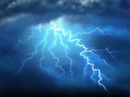 Onweer onweersbui met een bout van licht elektriciteit uit een donkere bewolkte blauwe nachtelijke hemel met kracht van natuurlijke verwoesting en dramatische weer storm wat resulteert in ramp en elektrische schokken.