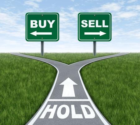 investment solutions: Comprar y vender o mantener una encrucijada de decisiones dilema de la inversi�n financiera con un corredor de bolsa asesor de inversiones y un s�mbolo de decisiones dif�ciles para la utilidad o p�rdida en las finanzas y el negocio de ahorro a futuro.