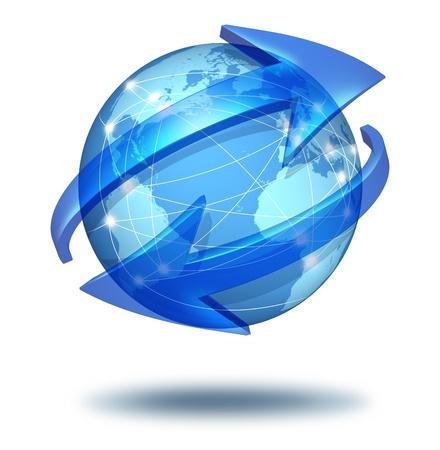 commerce: Communications mondiales le symbole et le concept des connexions avec un globe bleu international du monde avec deux fl�ches courb�es aller autour de la sph�re comme un �change social et l'ic�ne du commerce pour les importations et les exportations de biens et de contenu multim�dia num�rique. Banque d'images