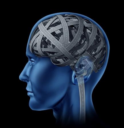 esquizofrenia: Confundido la inteligencia humana con la cabeza y el cerebro en forma de maraña de caminos y carreteras mezclados como una enfermedad mental y la pérdida symbolof vieja memoria de la edad y la función cognitiva como un tema de atención de la salud. Foto de archivo
