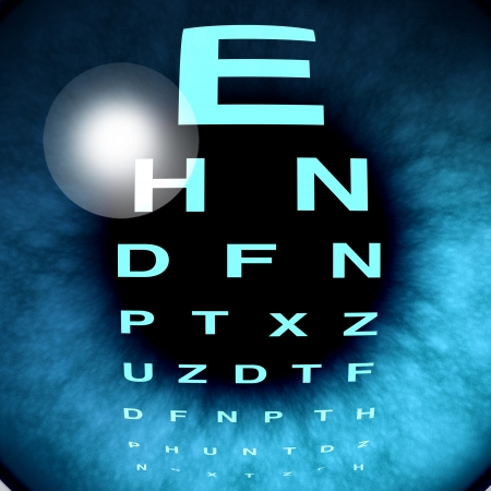 Ojo de la visión macro y de la vista para los ojos sanos, con especial atención ocular buen uso de una tabla optométrica para ayudar a enfocar la retina miope y deficientes visuales a lo largo y diagnóstico lente de un optómetra, del departamento de oftalmología. Foto de archivo