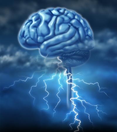 cerebro humano: Lluvia de ideas y el concepto de la inspiraci�n de intercambio de ideas con un cerebro y una tormenta el�ctrica como un s�mbolo de la creatividad y el poder creativo de las ideas humanas y la creaci�n de inventos innovadores. Foto de archivo