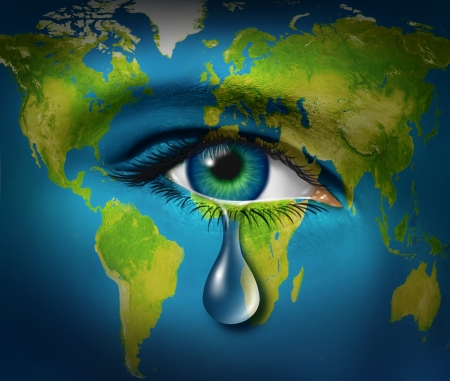 derechos humanos: Triste llorando lágrimas de un ojo de un niño,