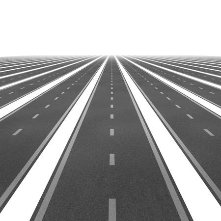 Team focus op succes en de strategie van zakelijke doelen met een symbool van veel wegen samenkomen in het perspectief van een gemeenschappelijk financieel plan en doel op een witte achtergrond Stockfoto