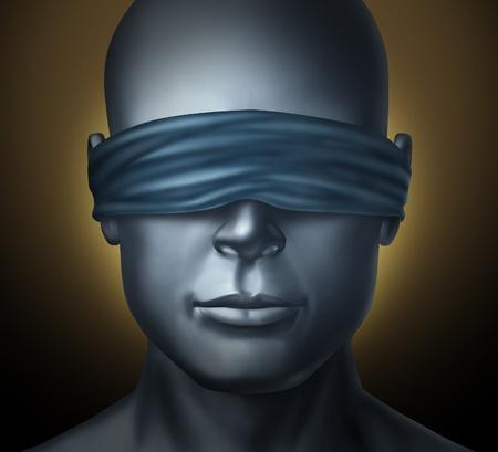 ojos vendados: Con los ojos vendados concepto con una cabeza humana con los ojos vendados como símbolo de la honestidad y ser un juez neutral, con la confianza y la justicia ciega o que viven con miedo a la soledad y la soledad en una situación oscura hodstage