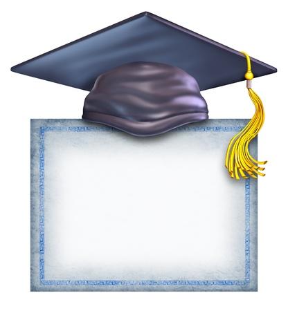 laurea: Cappello di laurea con un diploma bianco isolato su uno sfondo bianco come simbolo di un certificato di formazione di successo e ricevendo un premio di completamento del college universitario o di scuola superiore