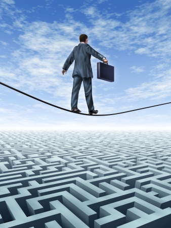 doolhof: Zakelijke uitdagingen en een symbool voor het vinden van oplossingen voor financiële problemen met ervaren leiderschap van de zakenman lopen op een koord boven een ingewikkeld doolhof op zoek naar antwoorden en succes Stockfoto